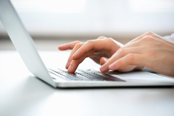 Prenota un appuntamento per tributi, certificati e residenza