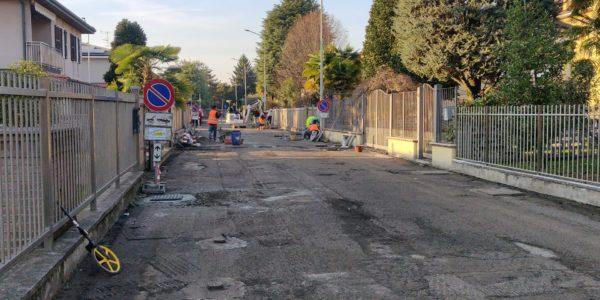 Lavori in corso su strade e marciapiedi