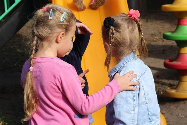 Attività e giochi per bambini all'aperto